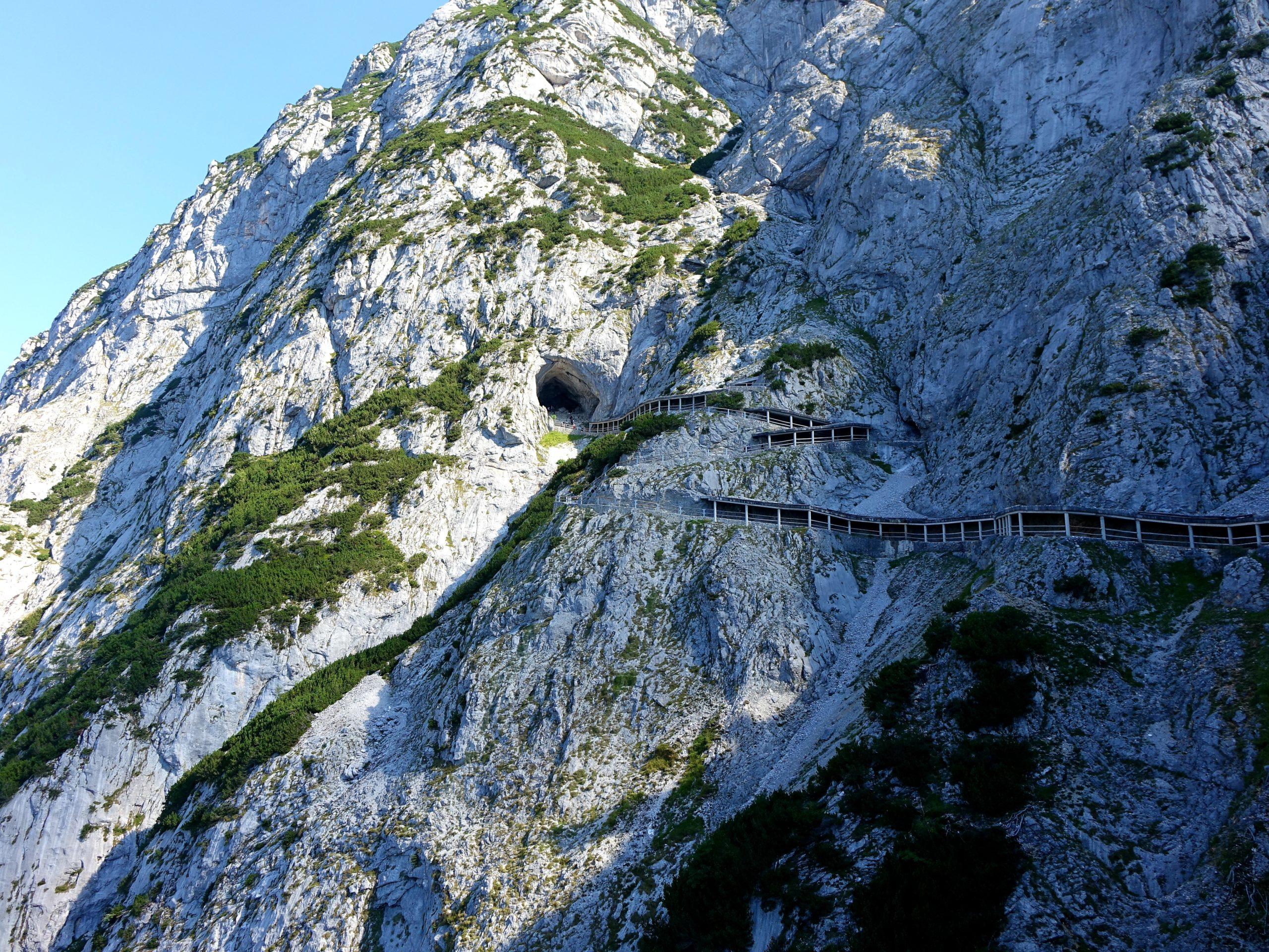 Tydzień w Alpach latem jaskinia Eisriesenwelt
