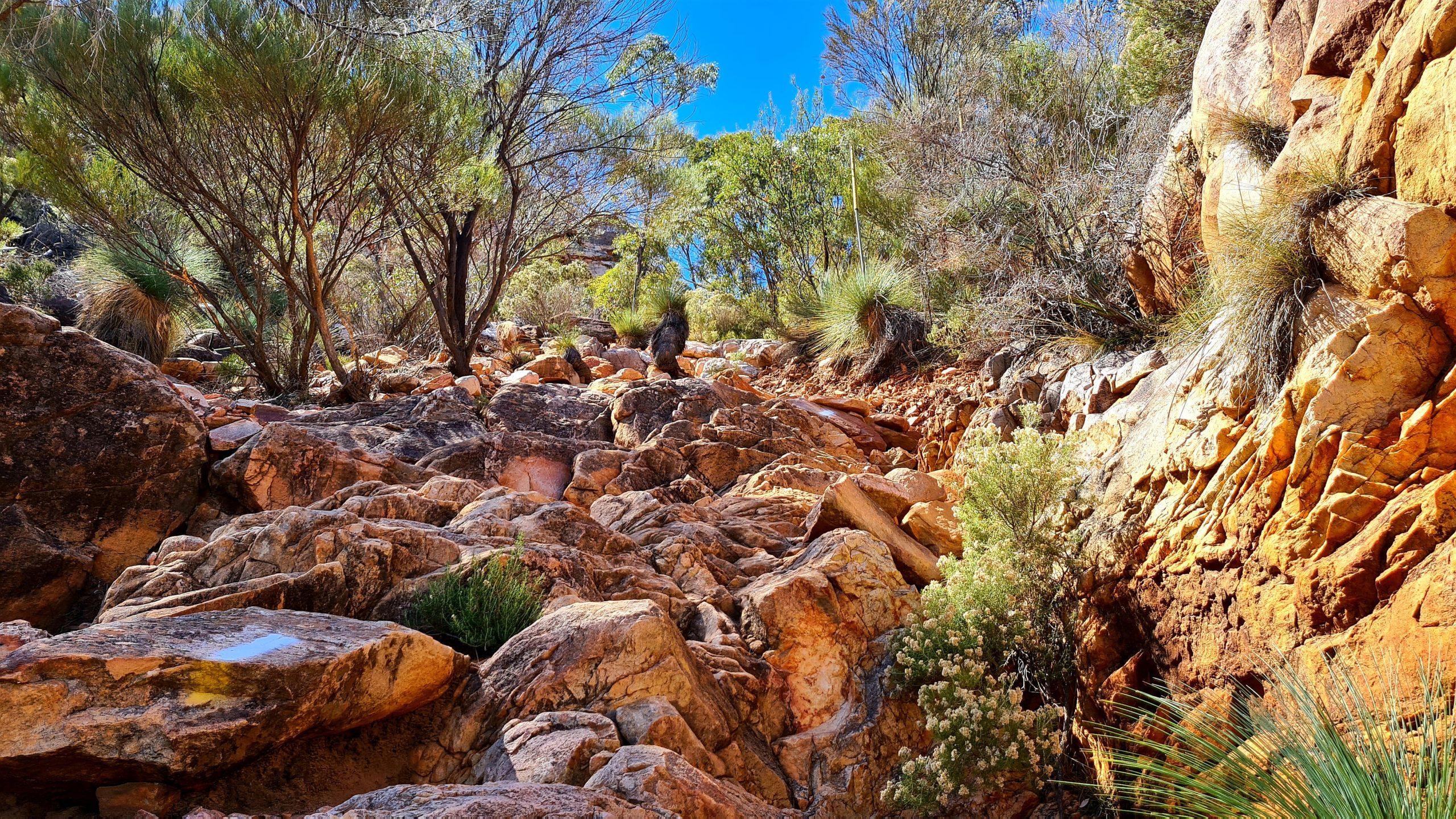 Walking trails in the Flinders Ranges Ramsley Bluff